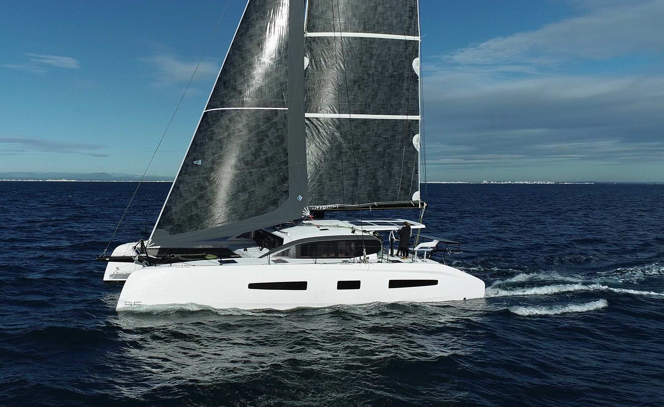 2022 OUTREMER 55